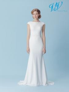 Ein klassisches rückenfreies Hochzeitskleid.