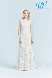 Ein Etui-Hochzeitskleid für eine schöne, klassische Optik.
