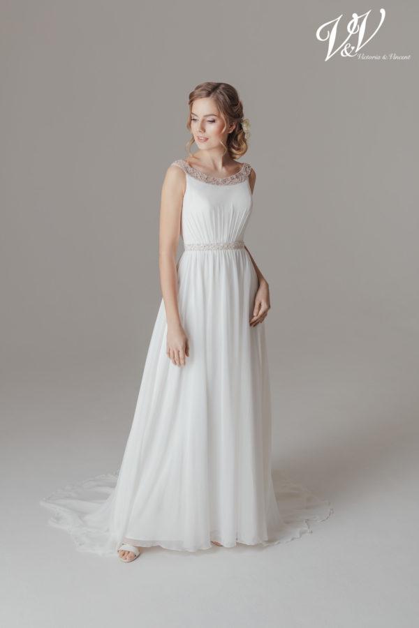 Ein klassisches Chiffon-Hochzeitskleid im Etuistil.