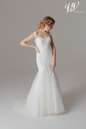 Ein schulterfreies Meerjungfrau-Hochzeitskleid mit sehr eleganter Ausstrahlung.